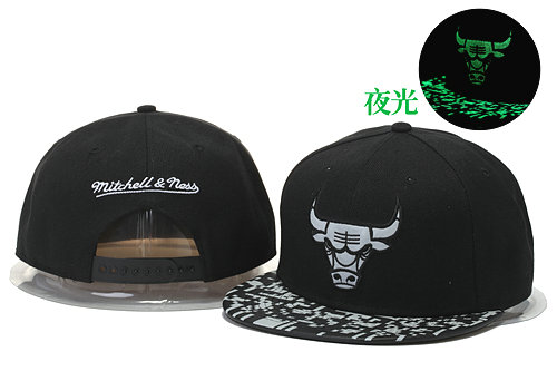 Chicago Bulls Black Snapback Noctilucence Hat GS 0620